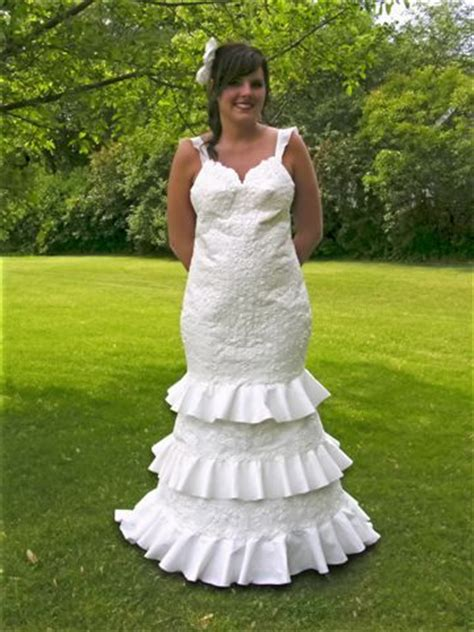 How To Make A Dress Out Of Tissue Paper - bathroom tissue toilet paper wedding dresses wedding