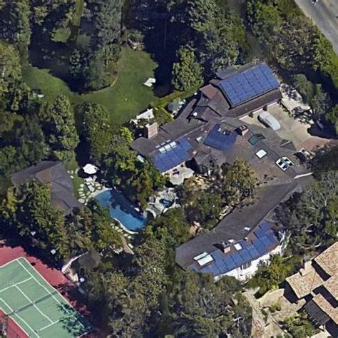 jim carrey house jim carrey s house in los angeles ca google maps virtual globetrotting