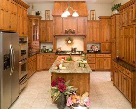 quarter sawn oak kitchen cabinets quarter sawn oak kitchen