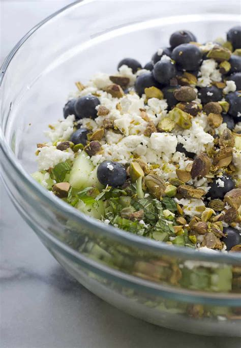Salat Knowledge blueberry and farro salad delicious knowledge