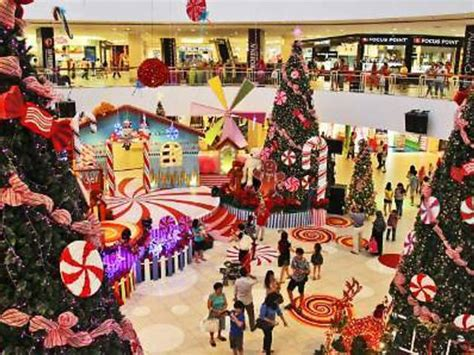 christmas at queensbay mall shopping in penang