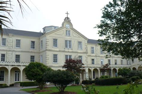 Hill College Mba Ranking by Hill College Admissions Act Scores Admit Rate