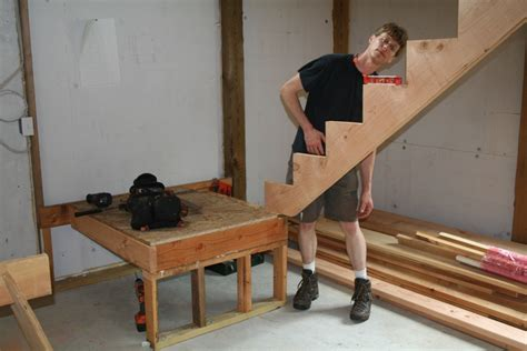 Building Stairs With A Landing s barn building basic stairs homebuilding