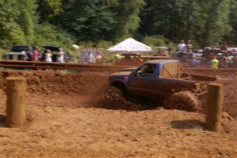 trucks mud bogging 4x4 mud bogging trucks for sale autos post