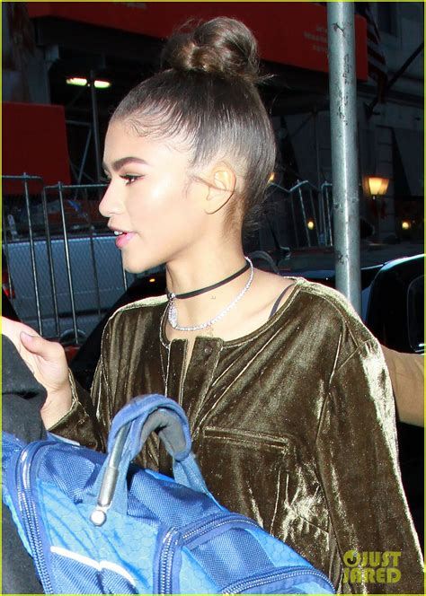 Bonets To Follow In Acting Footsteps by Zendaya Wants To Follow In Oprah S Footsteps Photo