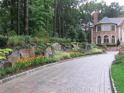 Landscape Edging Next To Sidewalk Driveway Mahwah Nj Photo Gallery Landscaping Network