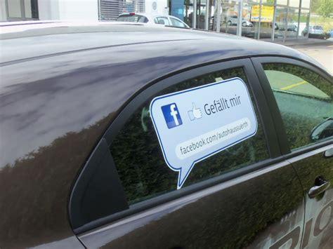 Aufkleber Von Autoscheibe Entfernen by Autoaufkleber Drucken Lassen Uv Best 228 Ndig Und Kratzfest