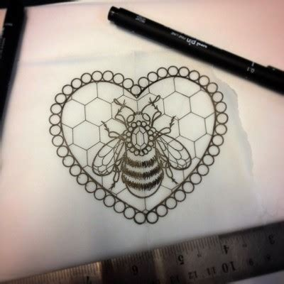uncolored bee decorated with jem and honeycomb heart in