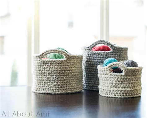 home decor crochet 21 awesome crocheted diys for cozy home d 233 cor shelterness