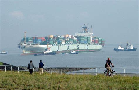 scheepvaart vlissingen scheepvaart richting de haven van antwerpen over de