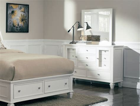 White Bedroom Dresser White Finish Dresser Mirror Caravana Furniture