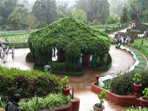 Botanical Gardens In India 18 Places To Visit In Ooty Trans India Travels