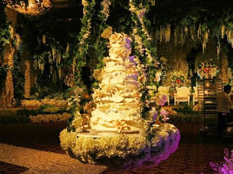 And Lace Wedding Cake Jakarta by Wedding Cake 101 An Introduction To Wedding Cakes
