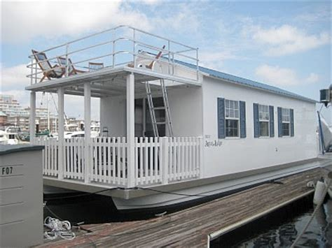 rent house boat relaxshacks com houseboats floating tiny homes for rent in boston charlestown ma