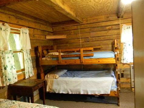 log cabin bunk beds log cabin bunk beds picture of doubleday cground cooperstown tripadvisor