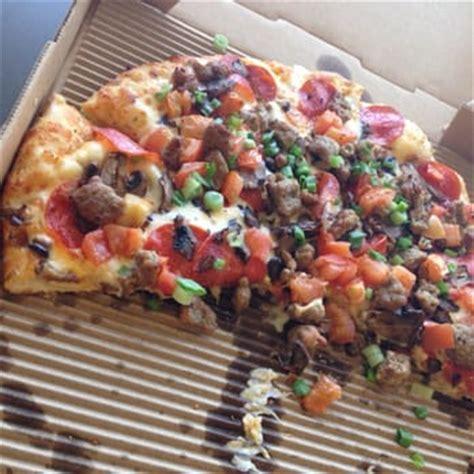 table garlic supreme table pizza 14 photos pizza 23254 lyons avenue