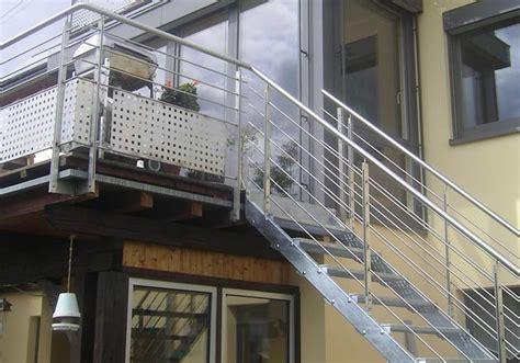 zweil ufige treppe treppe innen 11 zweil 228 ufige holmtreppe mit zwischenpodest