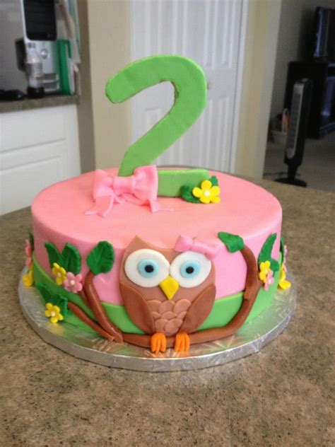 Owl Icing Decorations by Owl Cake In Buttercream With Fondant Decorations