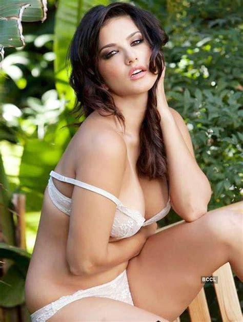 hot celeb images pornstar turned actress sunny leone gives a seductive pose