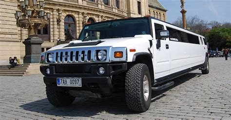 rent a limo for an hour stretched and executive limousines prague airport transport