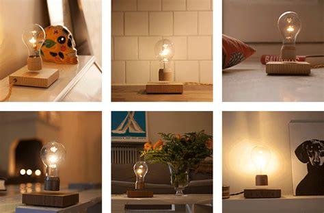 flyte kickstarter flyte un foco con luz led que levita proyecto innovador