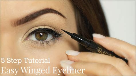 with eyeliner eyeliner tutorial 5 steps themakeupchair