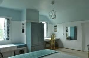 blue lace benjamin benjamin moore summer shower on ceiling bm province blue
