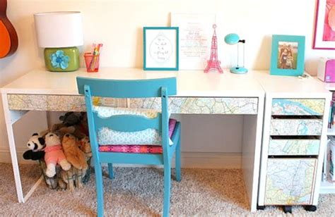 how to decorate your desk 3 ways to decorate your dorm room desk space college fashion