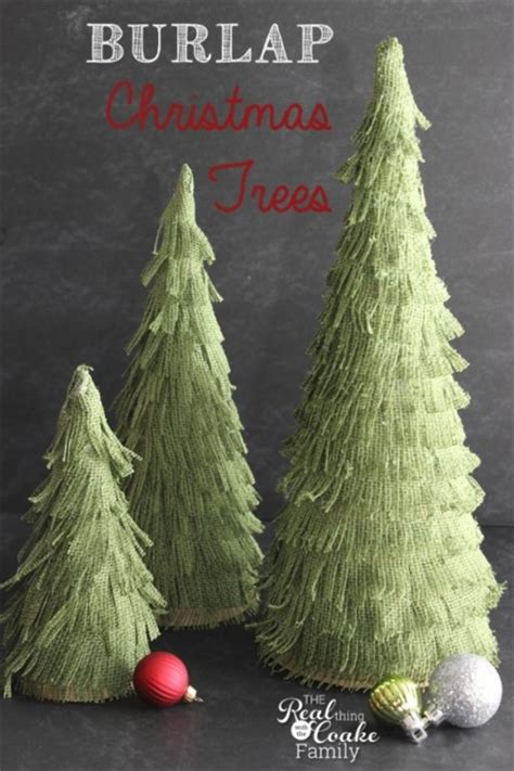 32 diy christmas trees skirts and toppers tip junkie