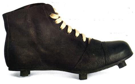 Sepatu Bola Di Saudara Sport sejarah sepatu bola artikel bebas