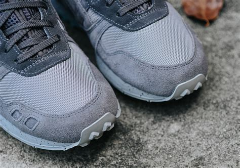 Sepatu Sneakers Asics Gell Lyte Iii Mt Navy Sol Gum For asics gel lyte iii mid now available sneakernews