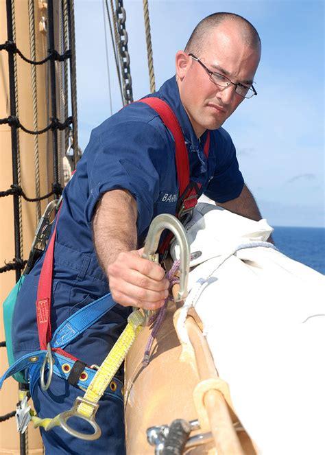 file us navy 090427 n 2893b 001 atlantic april 27
