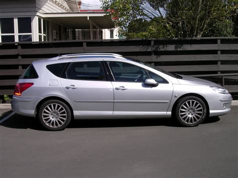 buy peugeot peugeot 407 sw hdi v6 picture 10 reviews news specs