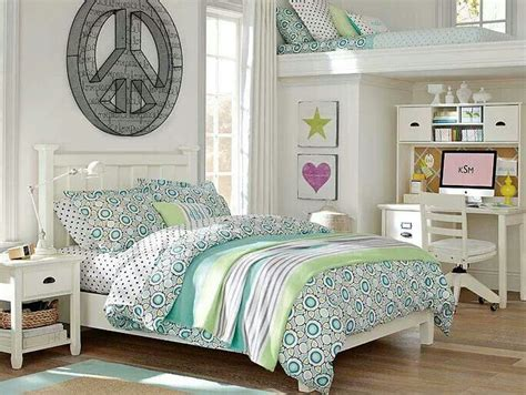 pottery barn teen bedroom 70 best kids rooms images on pinterest bedroom ideas