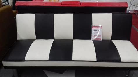 Sofabed Cantik promo bulan mei di lotte mart the park mall sofa bed turun harga jadi rp 1 300 000 tribunsolo