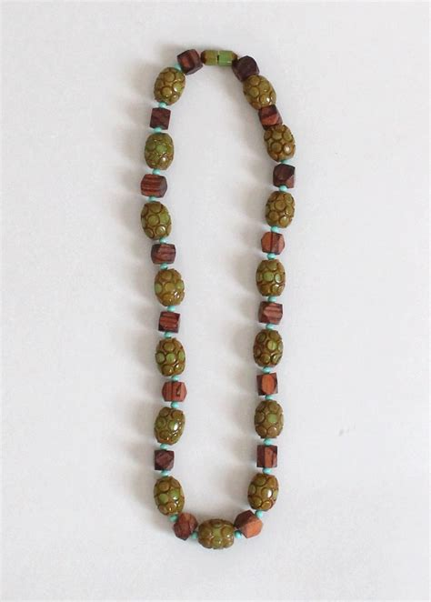 wood bead necklace vintage 1940s chunky green bakelite and wood bead necklace