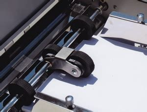 Paper Folding Machine 11x17 - dynafold de 42fc large format paper folding machine