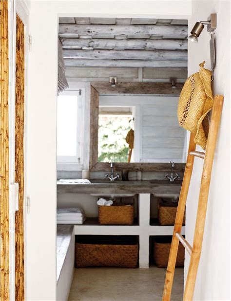 rustic beach bathroom rustic beach bathroom casa tr 200 s chic bathrooms pinterest