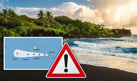 hurricane hector hawaii warning  storm  hit big