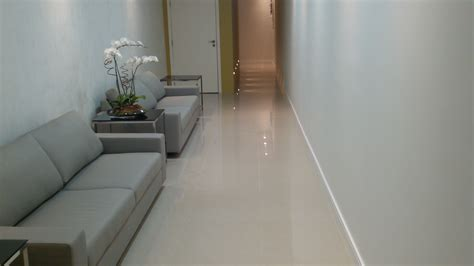 piso de pisos em porcelanato m gesso global