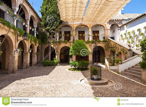 cortile spagnolo arcades courtyard in cordoba spain stock photo image