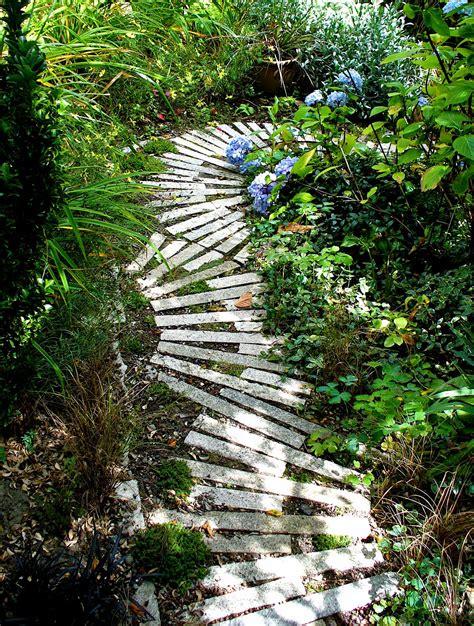 alt build blog  garden path