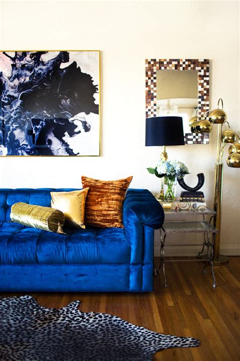 living room song transitioning into fall at home song of style