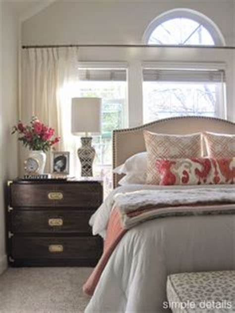 neutral bedroom with pops of color 1000 ideas about neutral bedrooms on gray