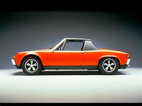 old porsche 914 porsche 914 vw porsche 914 8 1600x1200 wallpaper