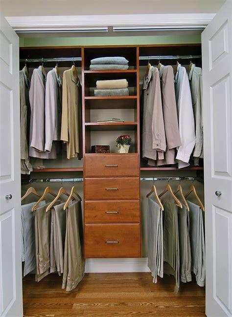 Small Walk In Closet Organizers by Closet Organization Ideas For Small Walk In Closets Home