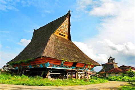 gambar rumah adat sumatera utara dan keterangannya rumah upin