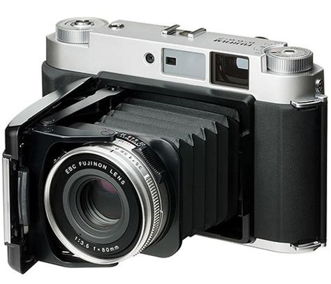 fuji gf670w medium format film camera coming next month