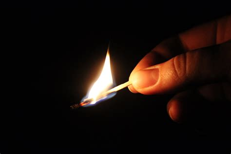 Who My Mastches file burning match jpg wikimedia commons