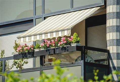 costo tende da sole per balconi tende per balconi estive e invernali prezzi e tipologie